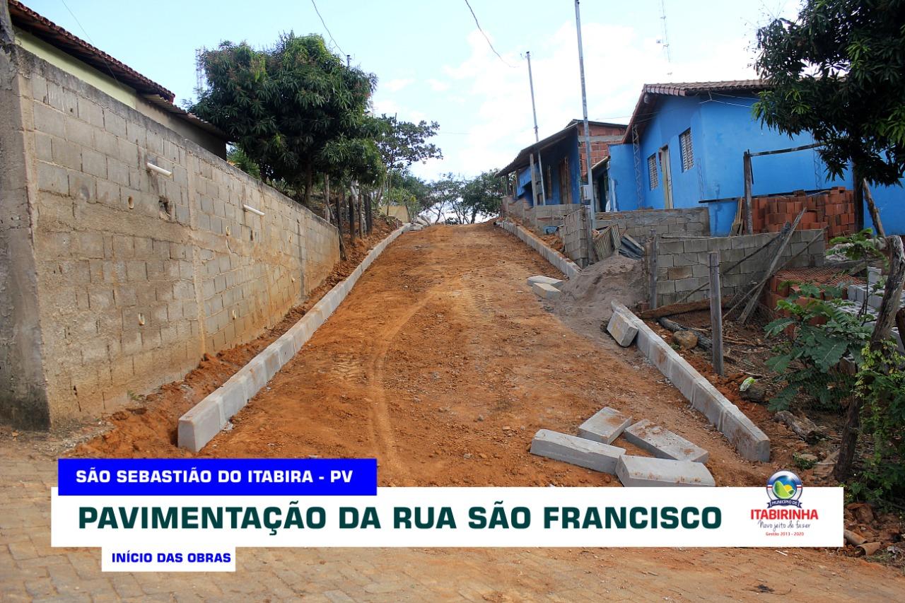 SECRETARIA MUNICIPAL DE OBRAS INICIA CALÇAMENTO DA R...