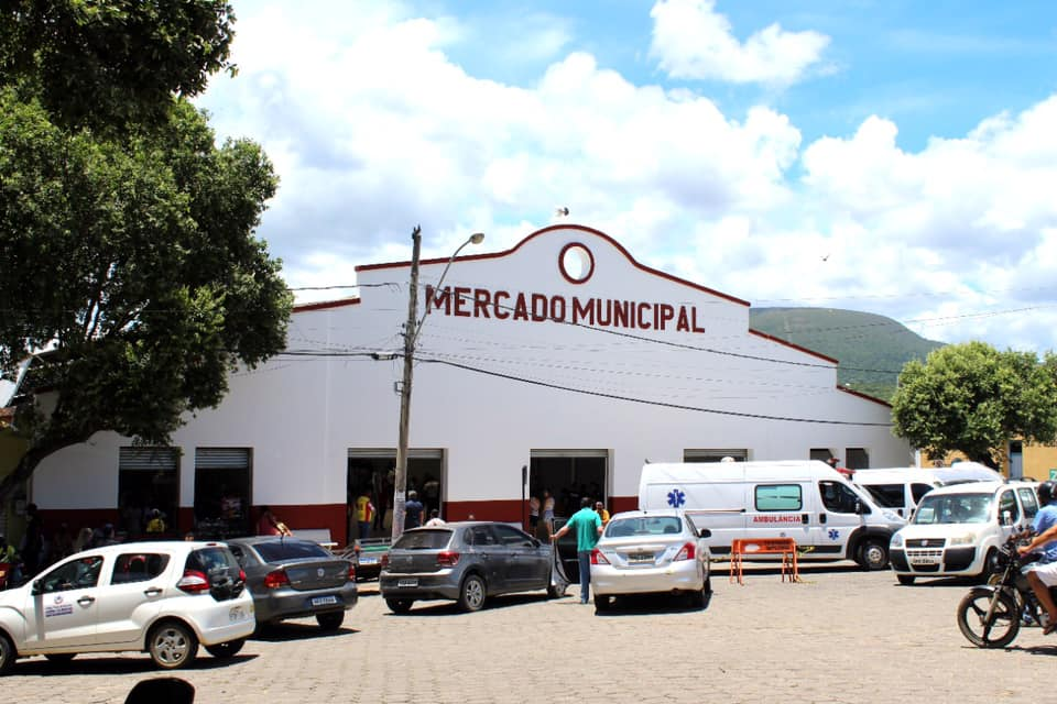INAUGURAÇÕES DO MERCADO MUNICIPAL, E. M. JOSÉ MACHAD...